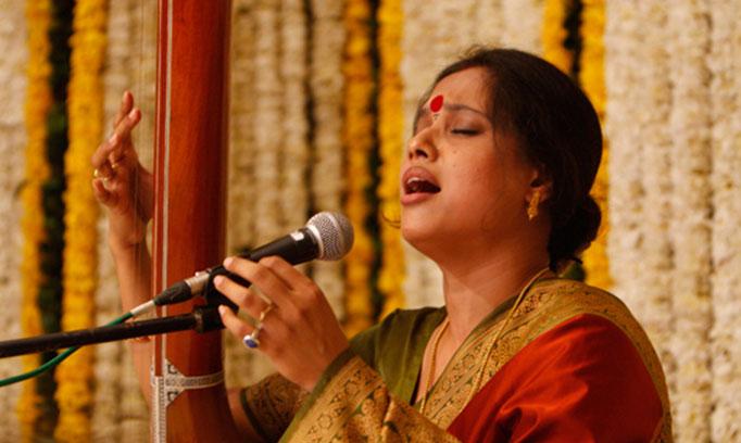 Indrani Mukherjee: Hindustani Classical Vocalist–HOME